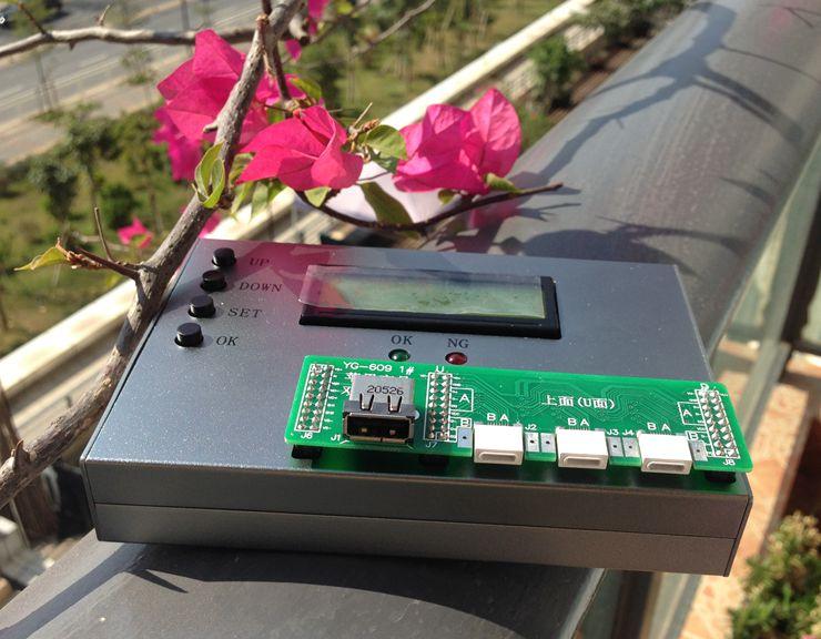 采用32位ARM高速处理器设计。  支持iPhone6,iPhone5,iPad4,iPad mini,iPod nano6数据线、充电线、单头测试。  支持iOS6,iOS7,iOS8操作系统,支持MFI认证原装数据线和山寨高仿数据线、C10B、C48方案等。  负载电流可以设定0-3A,可以设为2.4A实测iPad数据线,充分保证线材指标。  准确测出D+、D-电阻,可以检测出D+、D-内置的匹配电阻大小并作出判断。  可测出D+、D-漏电阻,并根据设定范围判定结果,漏电阻过小会影响数据通信和充电速